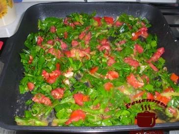 Кабачки по-гречески, жарим овощи