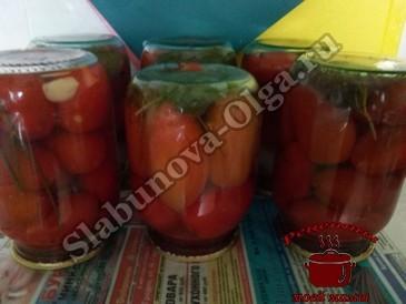 Маринованные помидоры, переворачиваем