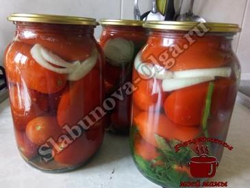 Маринованные помидоры, заливаем кипятком
