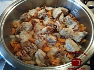 Куриная грудка, добавляем овощи