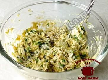 Оладьи из капусты, готовим смесь